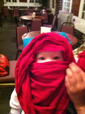 Bayi dengan Burka
