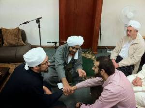 Prosesi Pengislaman Seorang Non Muslim oleh Habib Umar bin Hafidz