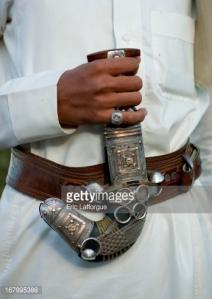 Pria Saudi mengenakan cincin