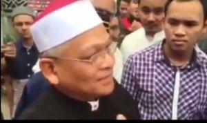 Imam Masjid Malaysia tetap sabar