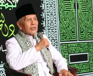 KH Sya'roni Ahmadi